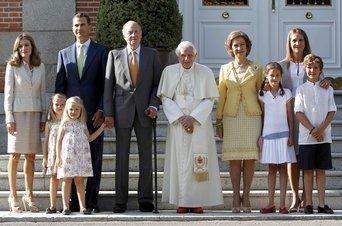 El-Papa-ha-sido-recibido-hoy-p_54201882086_51347059679_342_226[1]
